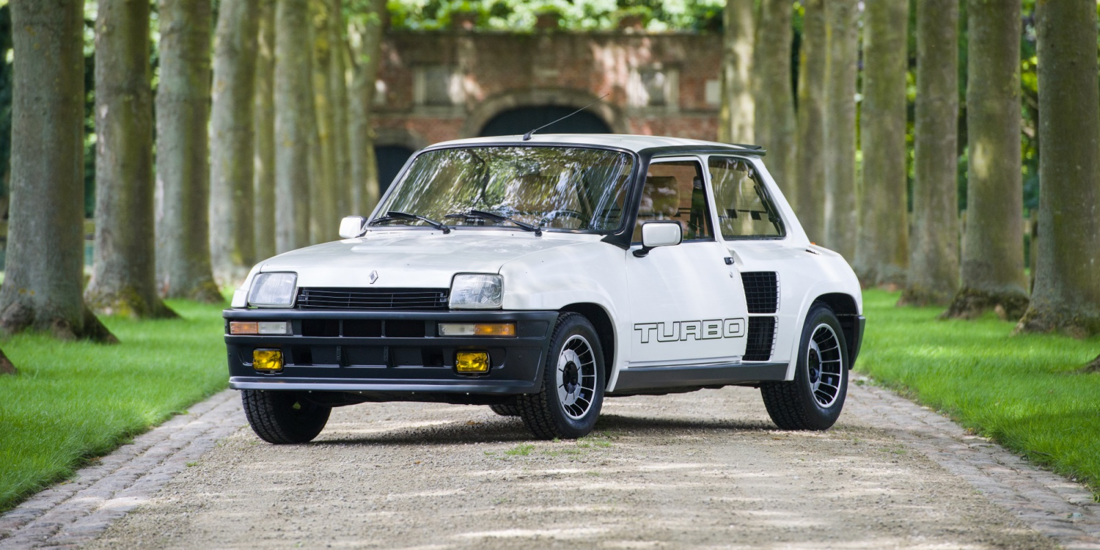 1984 renault r5 turbo ii turn8 cars. Black Bedroom Furniture Sets. Home Design Ideas