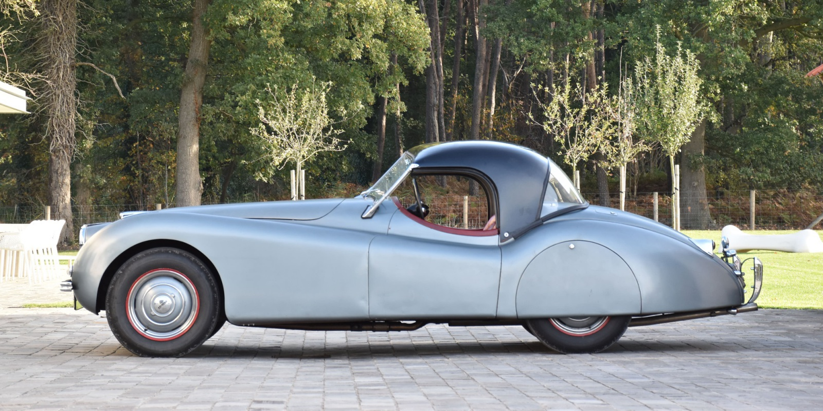 1950   Jaguar XK120  OTS    Time warp !